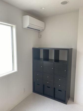 コロナ対策の個室診療室の棚